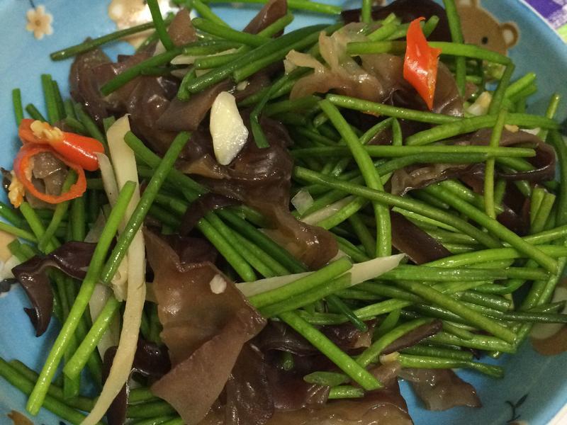 木耳炒水蓮菜