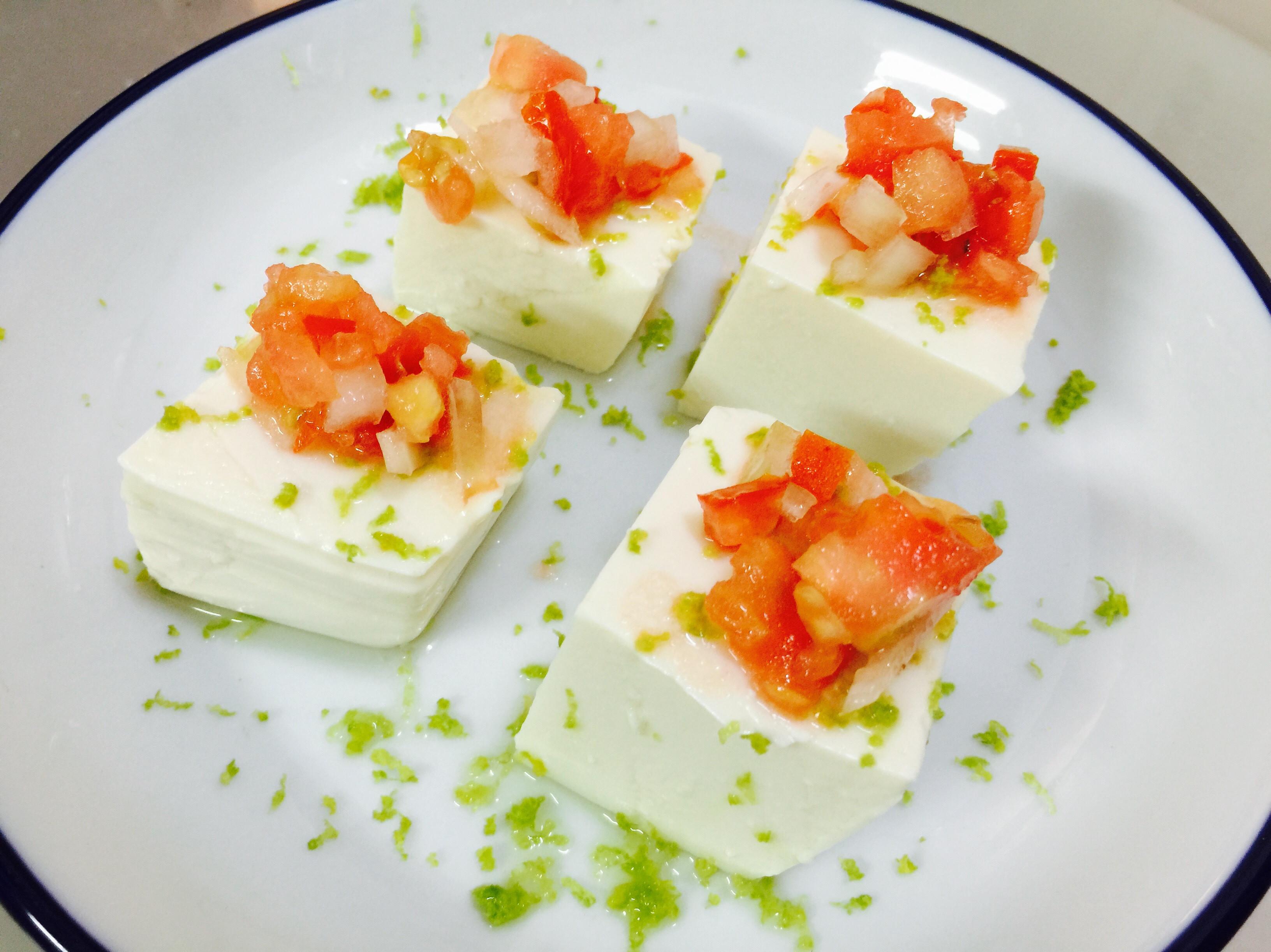 夏天就是要這ㄧ味:檸檬莎莎醬涼拌豆腐
