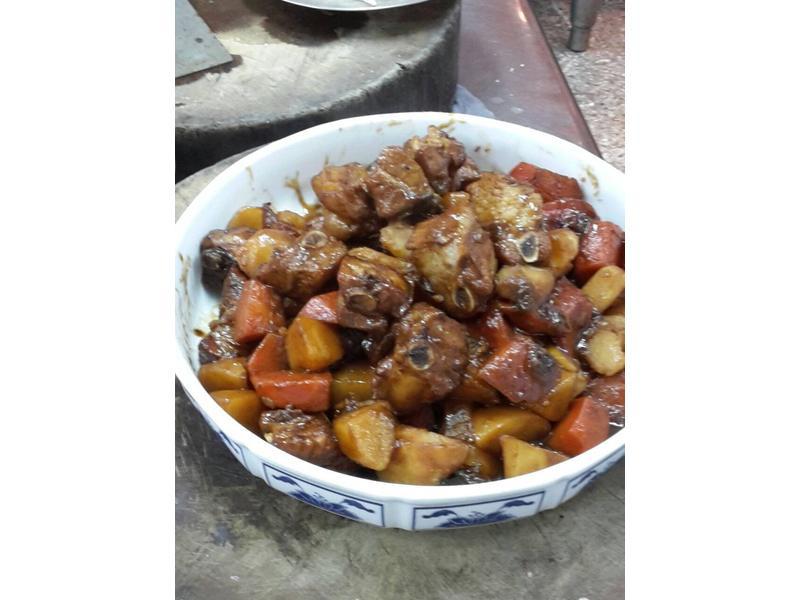 馬鈴薯燒腩排 302-12
