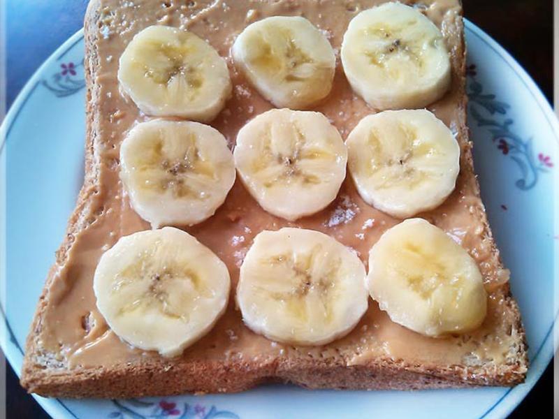 快手早餐系列~香蕉花生醬吐司