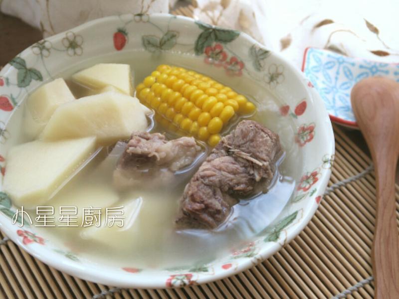 家常竹筍玉米排骨湯