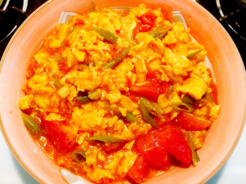 灶咖の空心菜梗蕃茄蛋