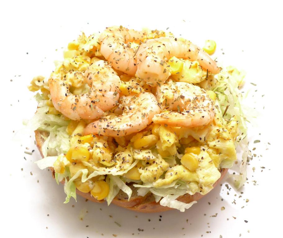 黃金蝦仁鮮蔬貝果