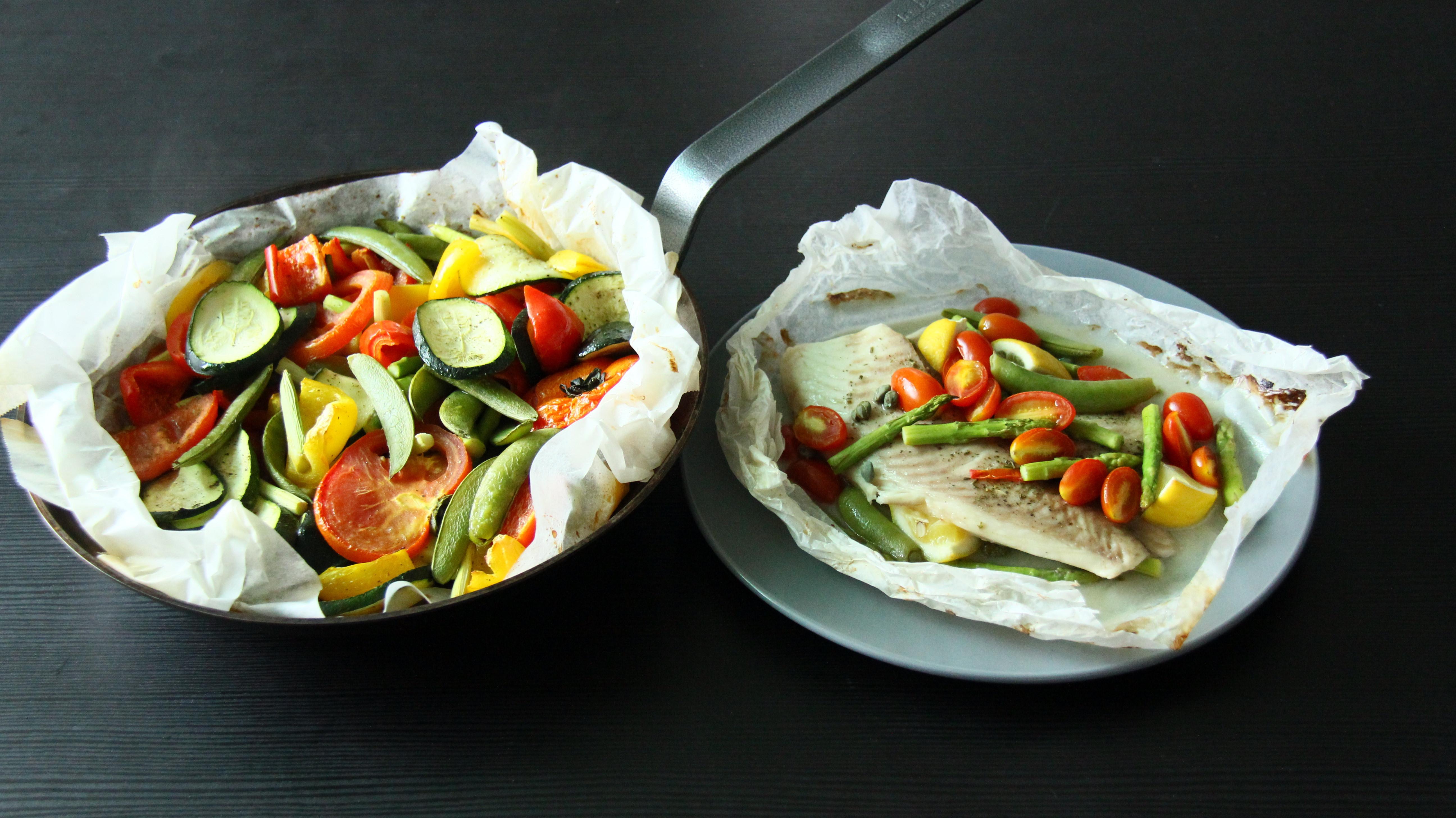 紙包魚佐有機香草鹽與烤時蔬