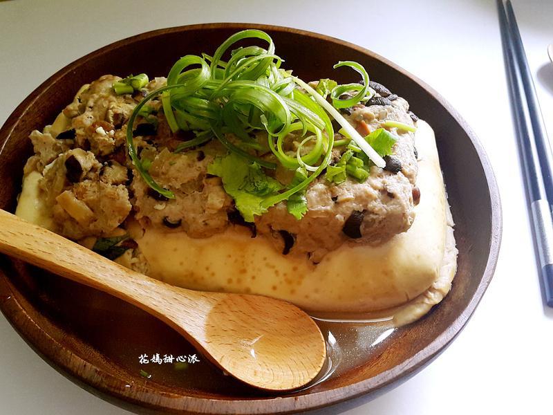 豆醬榨菜肉末蒸豆腐