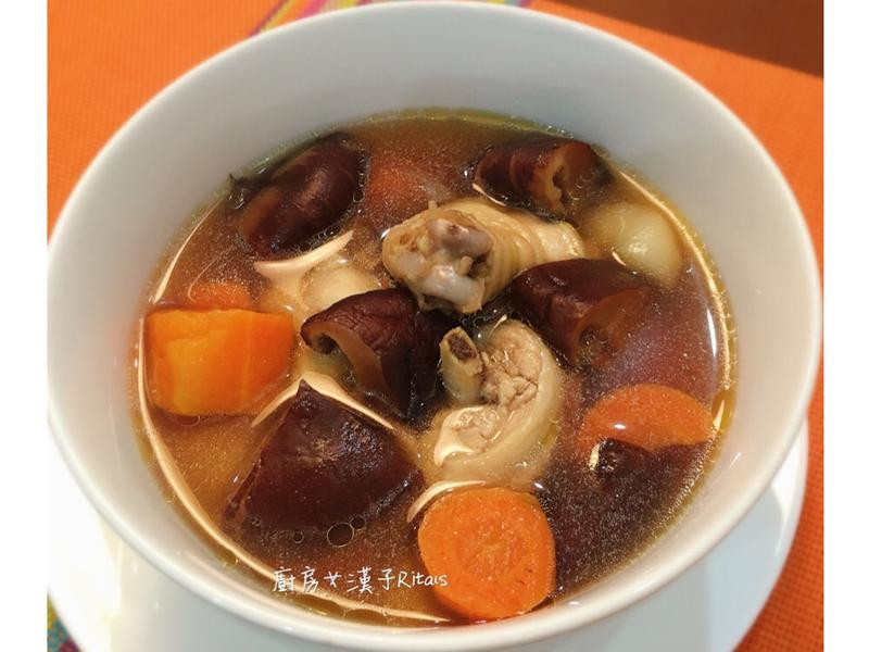溫補香菇雞湯