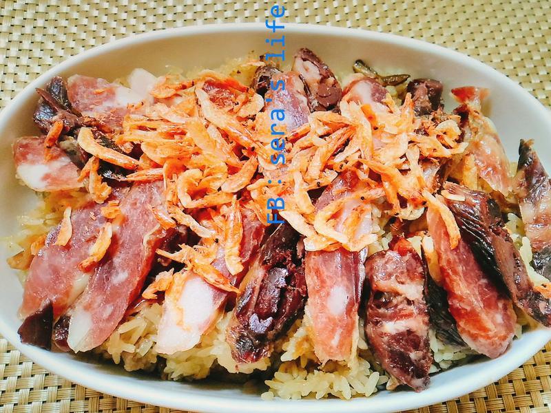 櫻花蝦臘味油飯-電子鍋