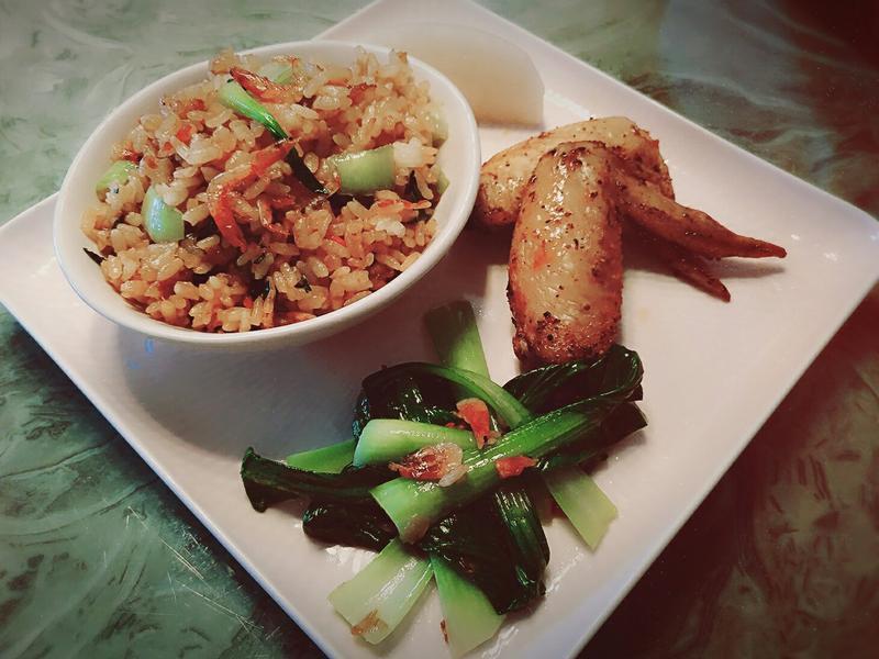 油蔥櫻花蝦拌飯