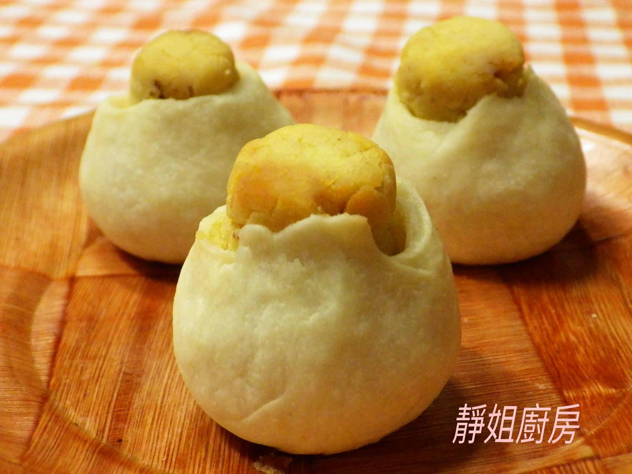 客家月餅:肚臍餅(綠豆凸)