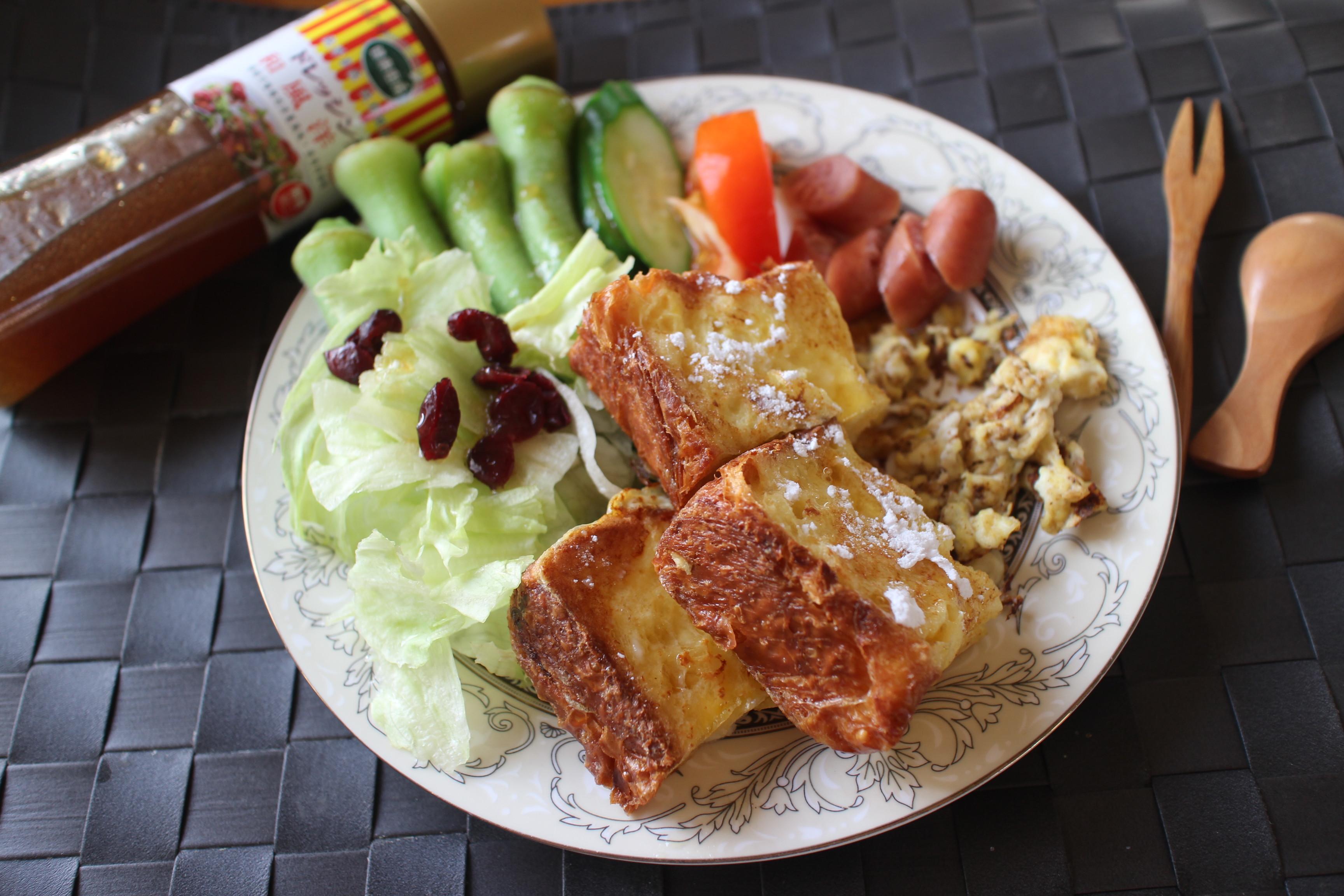 【健康廚房】法式土司佐洋蔥醬沙拉