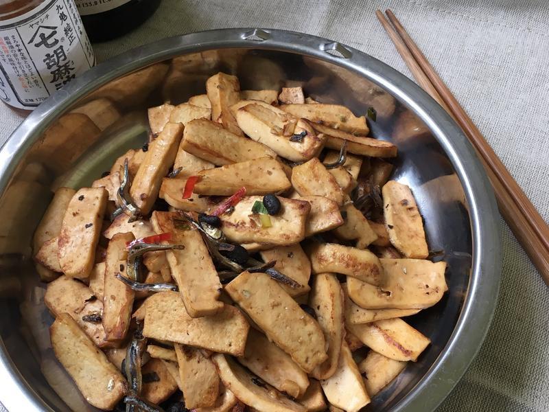 豆鼓小魚炒豆乾