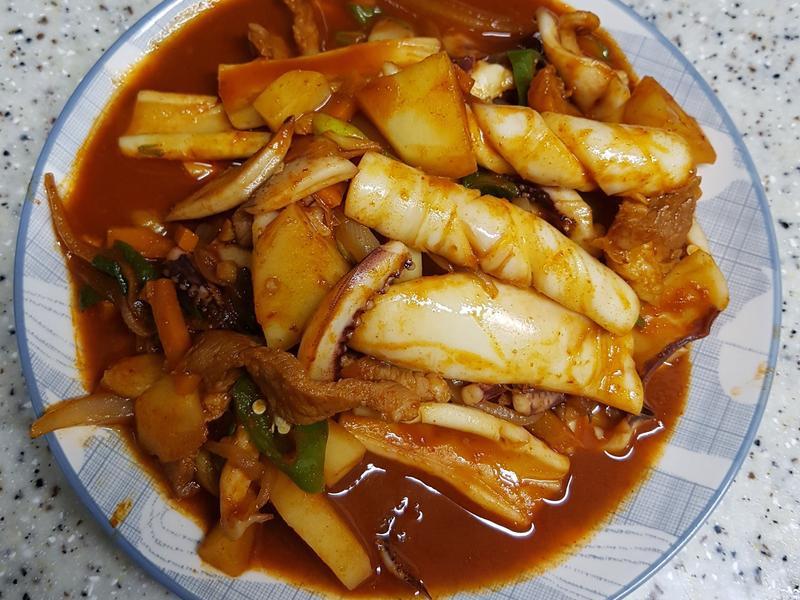 (韓式)豬肉炒魷魚 오삼불고기