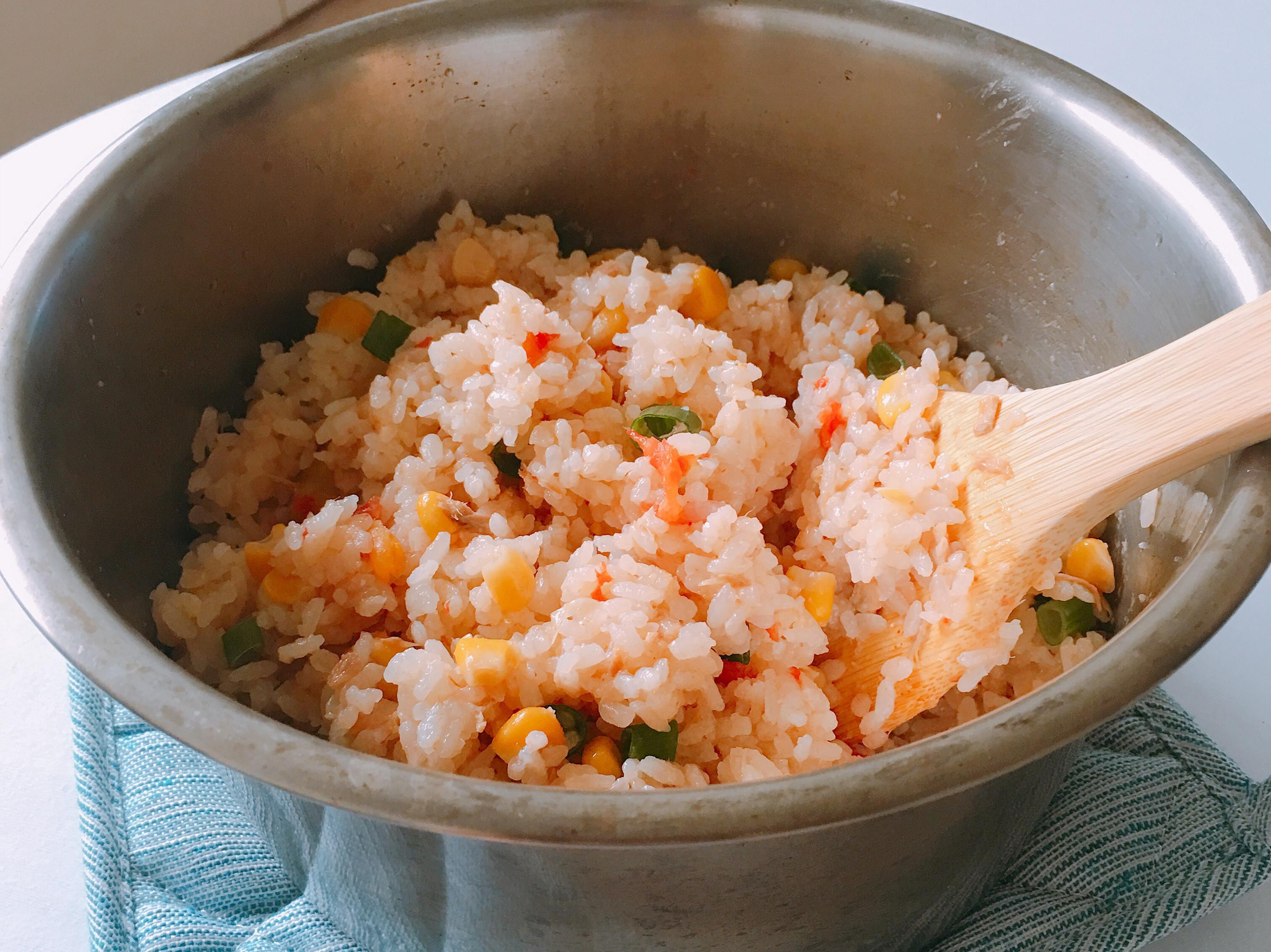 鮪魚玉米蕃茄飯