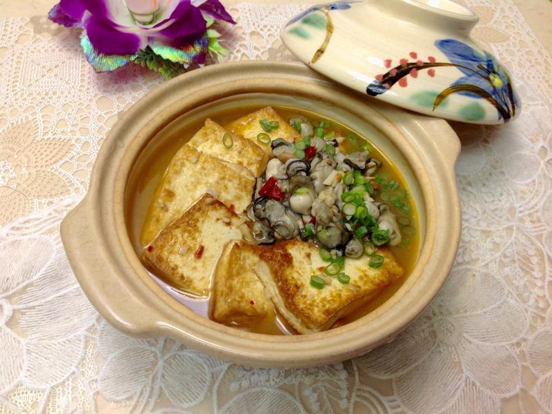 豆瓣醬蚵仔豆腐煲