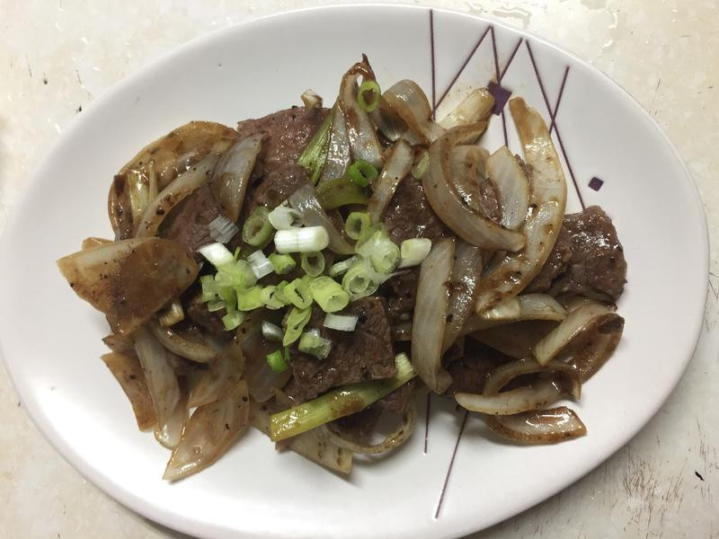 台式黑胡椒洋蔥燒牛肉「蒸氣烘烤微波爐版」