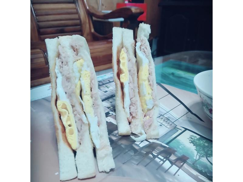 雙蛋雙鮪魚三明治🐟🍞