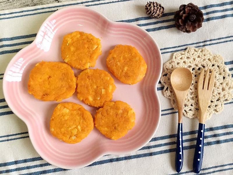 寶副食👶🏼地瓜雞肉餅