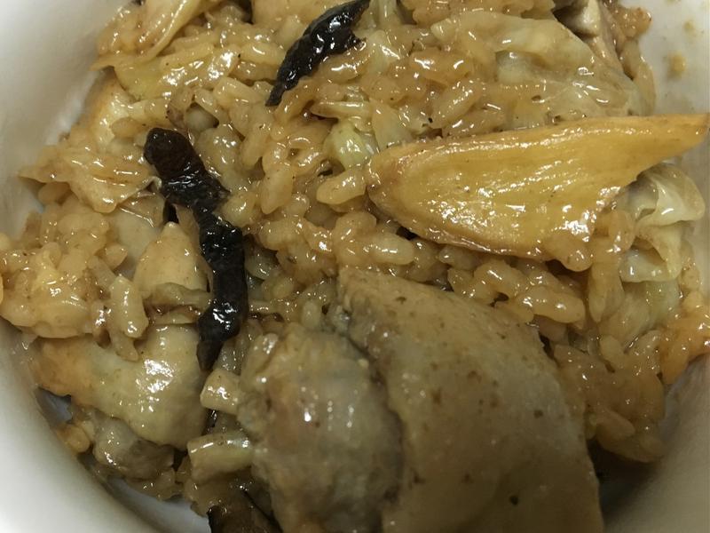電鍋版苦茶油雞高麗菜燉飯