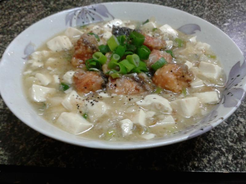 鮭魚燴豆腐