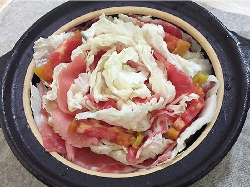 千層肉片白菜鍋 (含日式高湯做法)