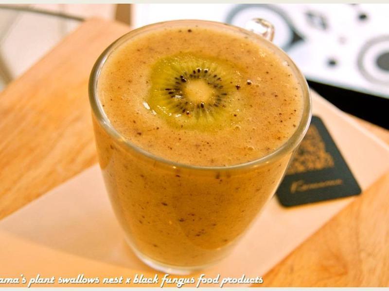 黑木耳香蕉奇異果汁.柯媽媽の植物燕窩