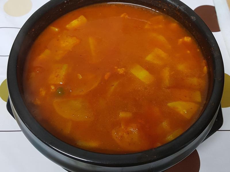 (韓式)辣醬鍋 고추장찌개