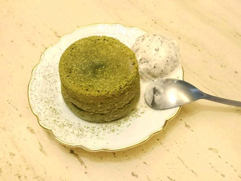 超簡單抹茶熔岩蛋糕
