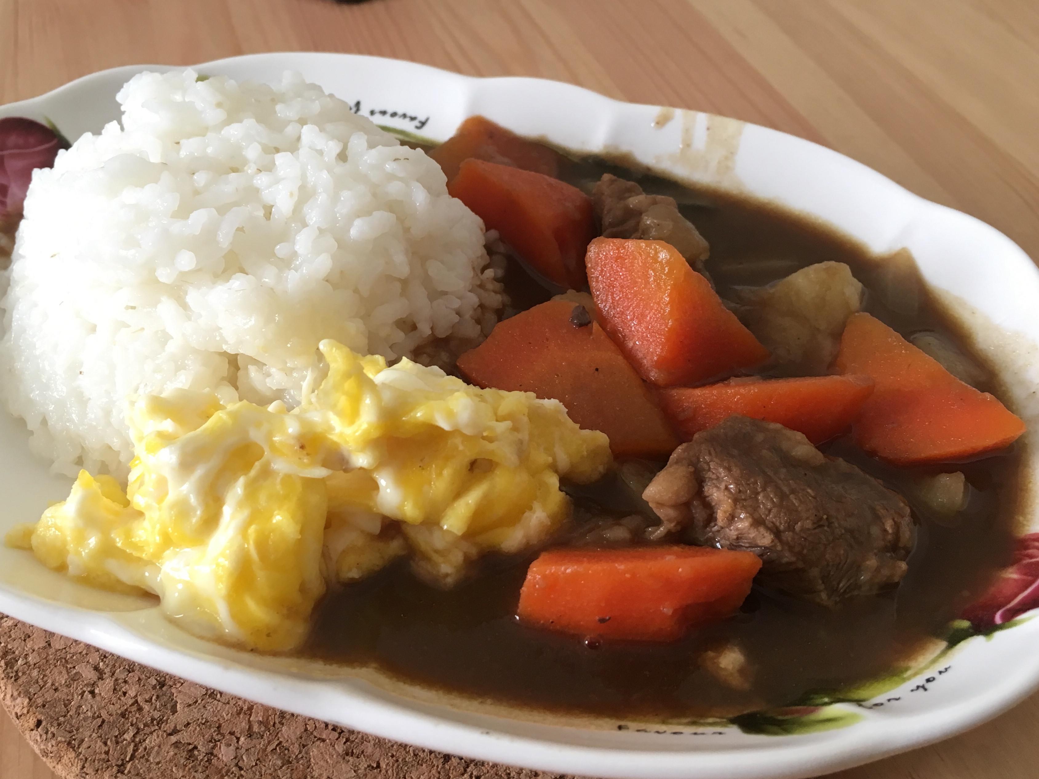 鑄鐵鍋料理-燉咖哩牛肉
