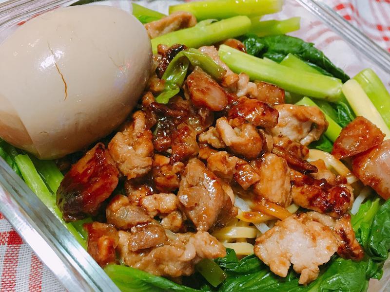 清冰箱料理🍜沙茶蔬菜麵