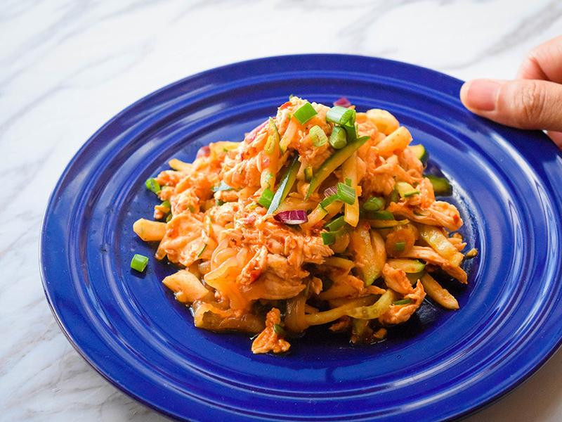 麻辣黃瓜涼拌手撕雞