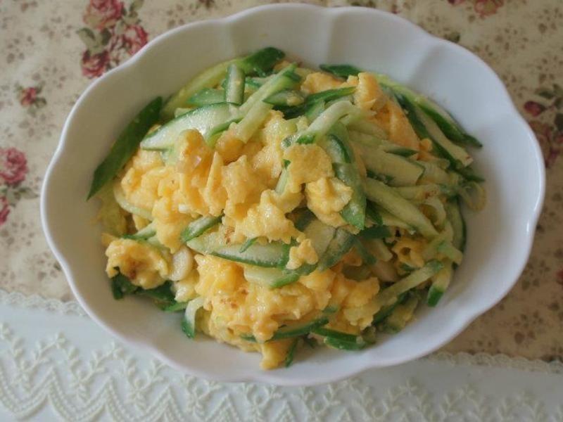 小黃瓜炒蛋