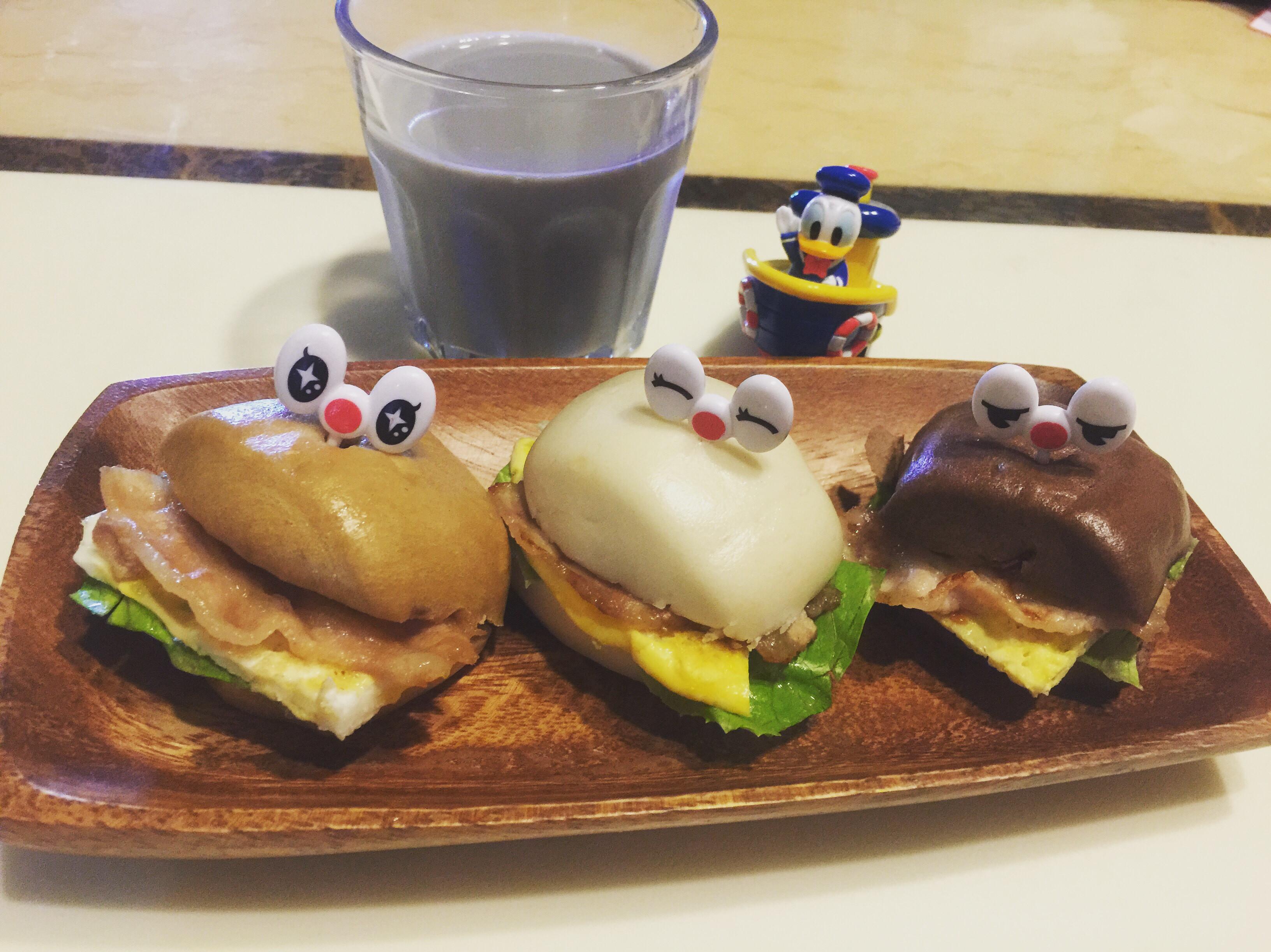 創意三色燒肉饅頭蛋堡
