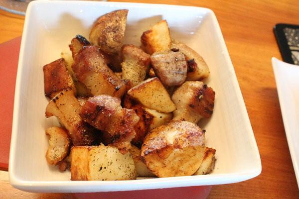 鹽漬豬肉炒馬鈴薯