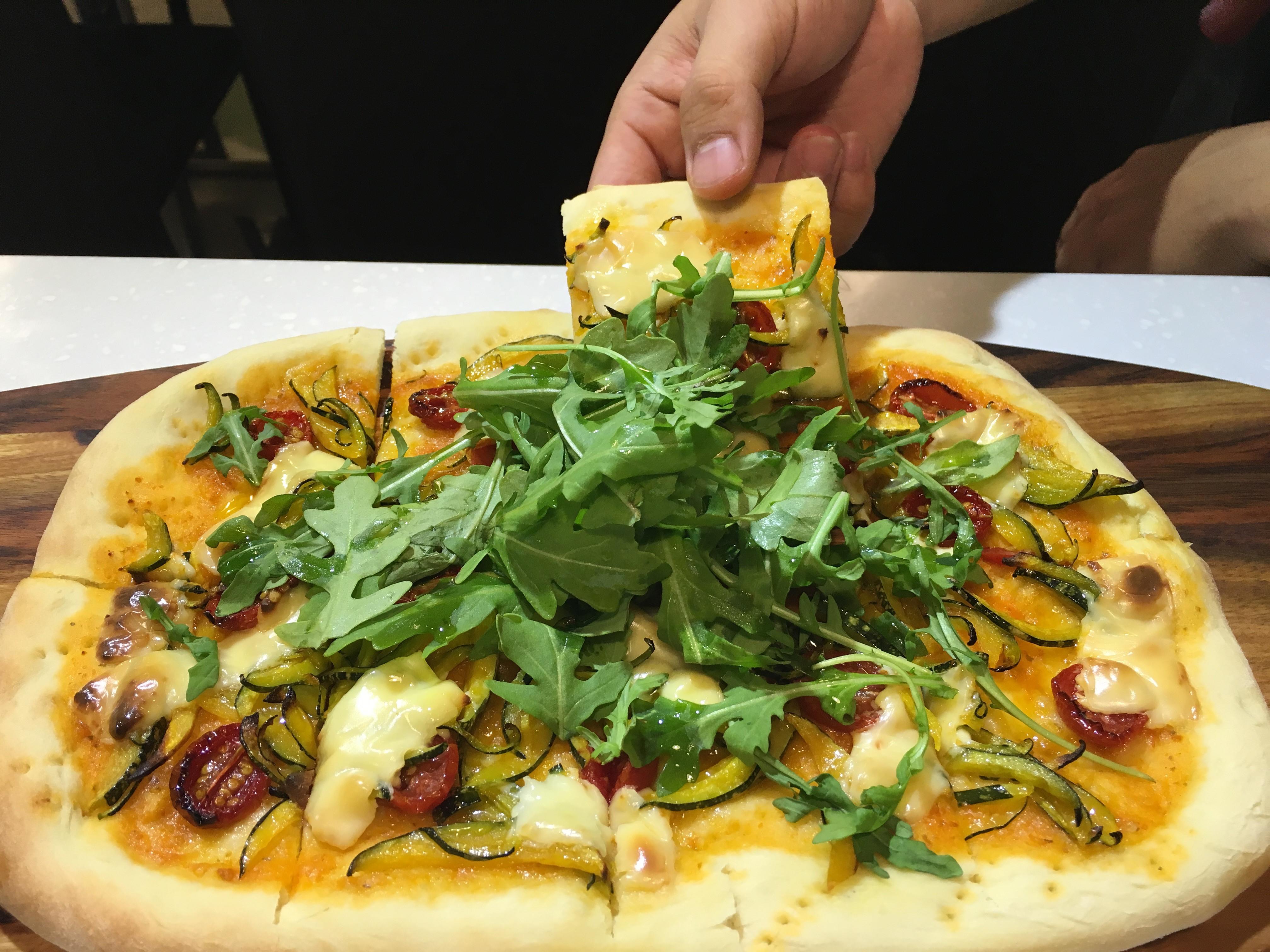 油漬番茄南瓜披薩
