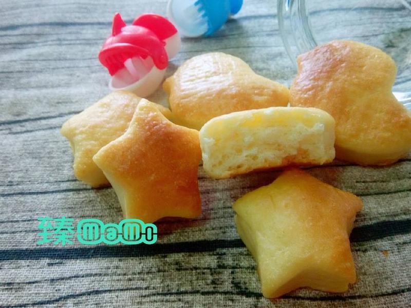 蘋果牛奶小麵包
