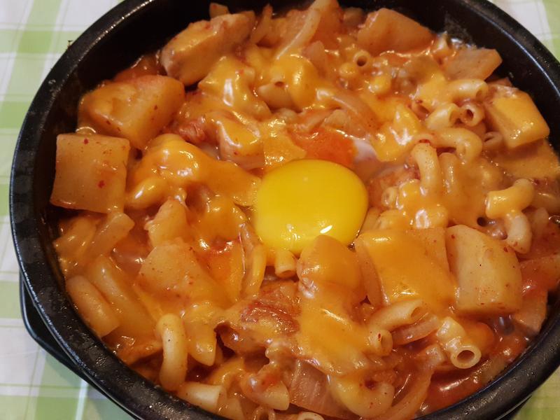 韓式泡菜雞肉通心粉