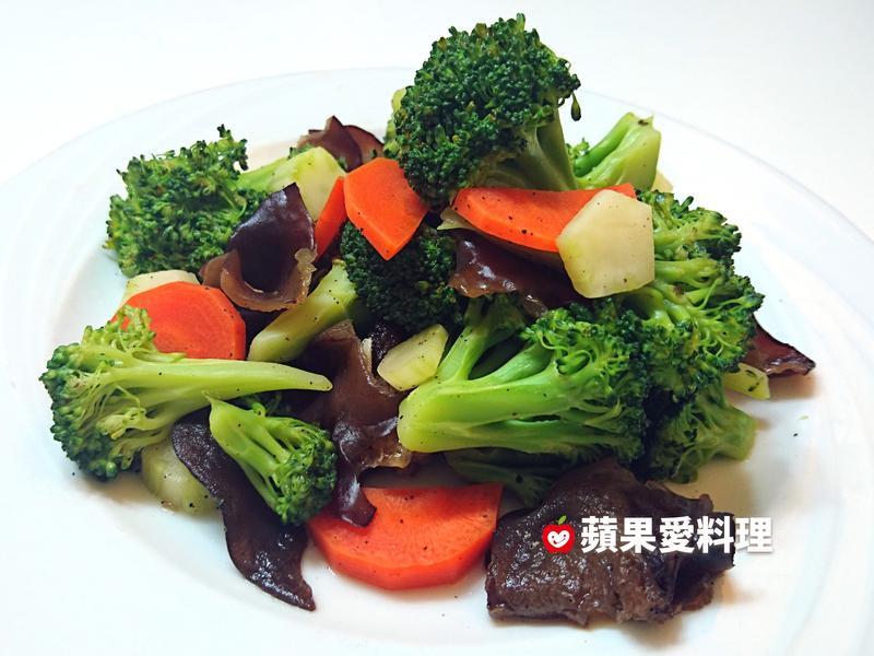 清蒸花椰菜(無油煙。3分鐘)