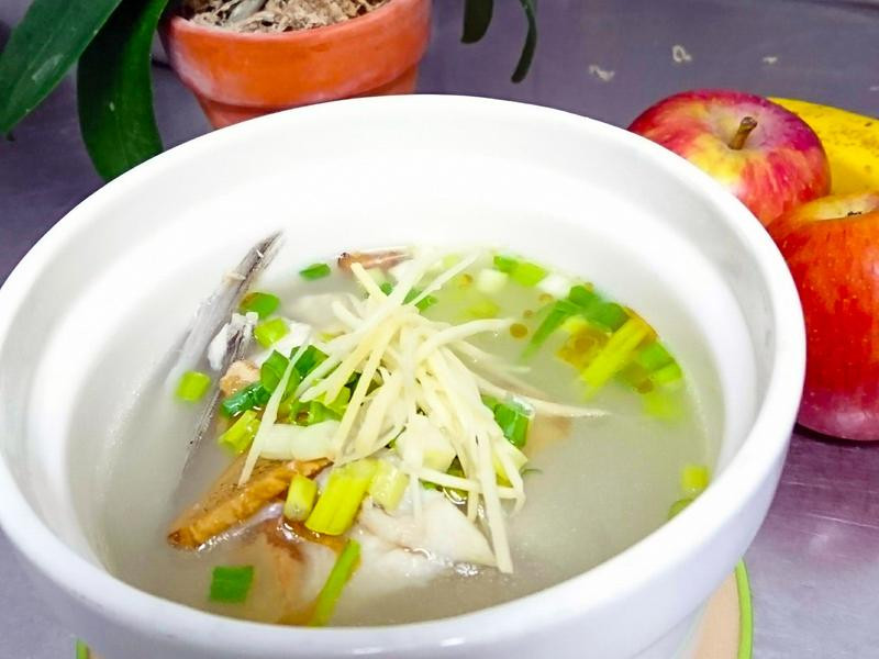 鱸魚下巴鮮湯