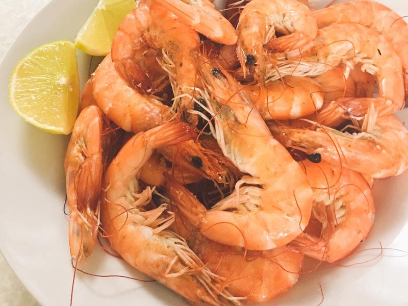 鮮甜。鹽焗蝦