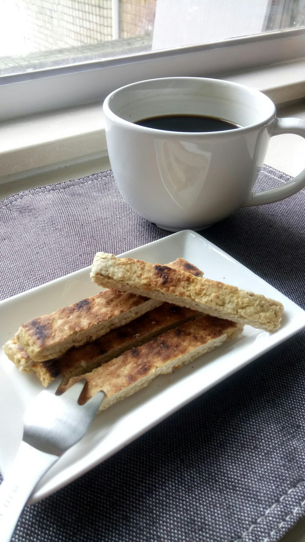 ❤低卡料理❤微波爐也可以製作的好吃燕麥餅