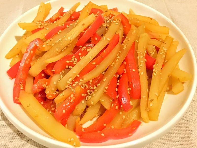 冷熱兩吃~韓式醬煮甜椒馬鈴薯