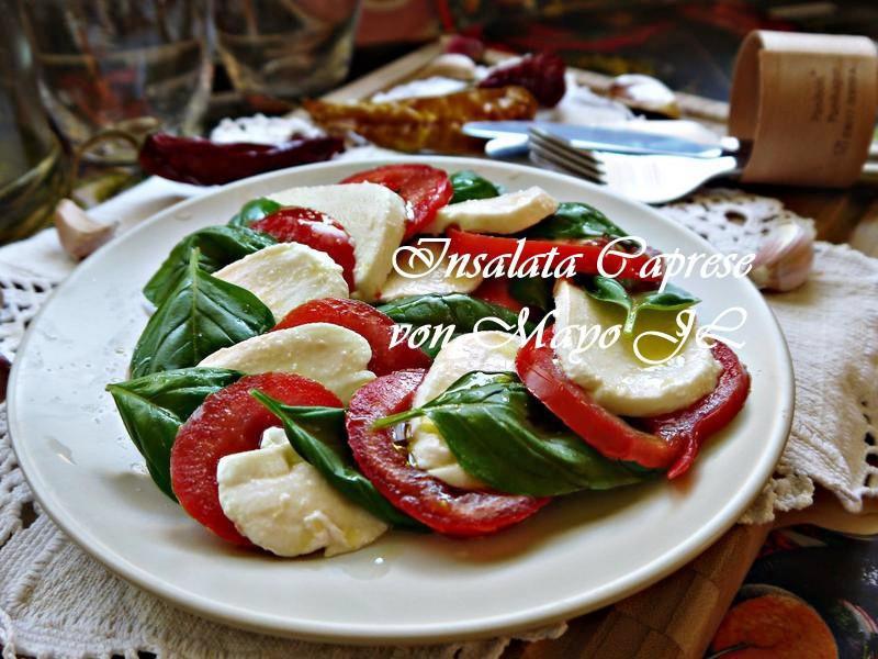 義大利 馬茲瑞拉、羅勒、蕃茄沙拉