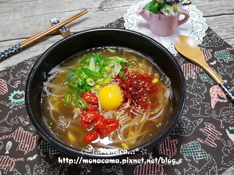 韓式黃豆芽湯飯콩나물국밥