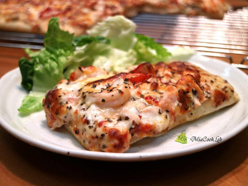 鮭魚大蝦海鮮披薩