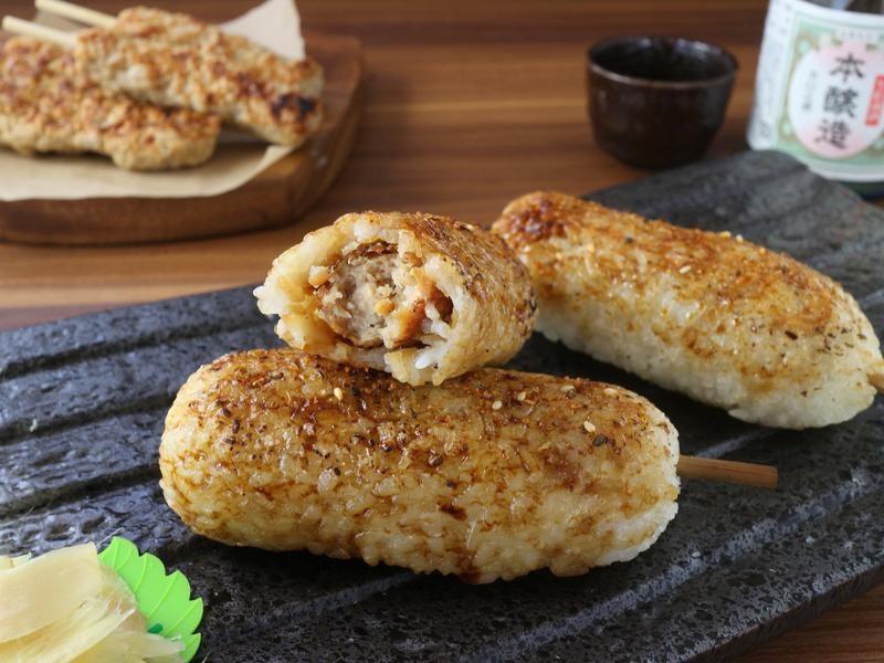 日式串烤雞肉軟骨飯糰  小七食堂