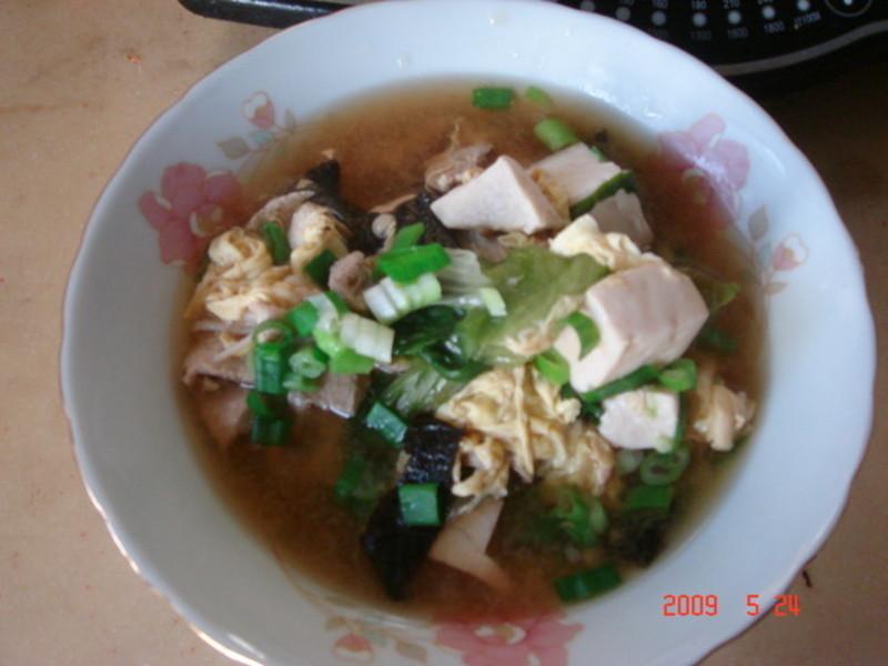 蔬菜豬肉味噌鮮菇湯