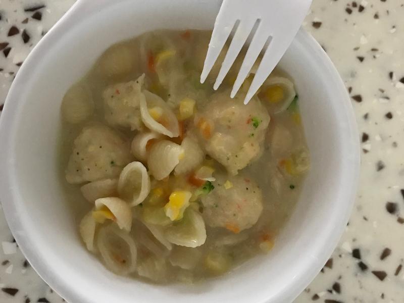 寶寶副食品:蝦球貝殼義大利麵