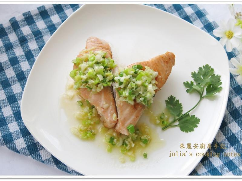 [奶油香蒜鮭魚排]10分鐘出好菜