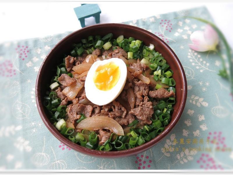 [味噌牛肉蓋飯]火鍋肉片的妙用