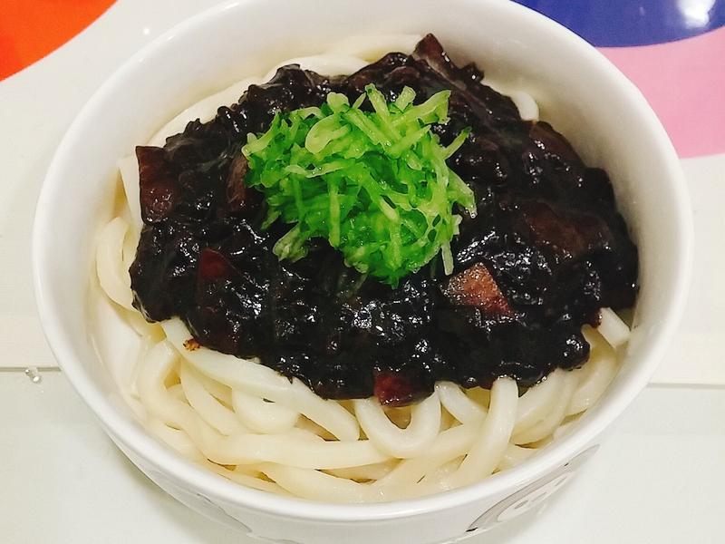 韓式料理-炸醬麵(짜장면)